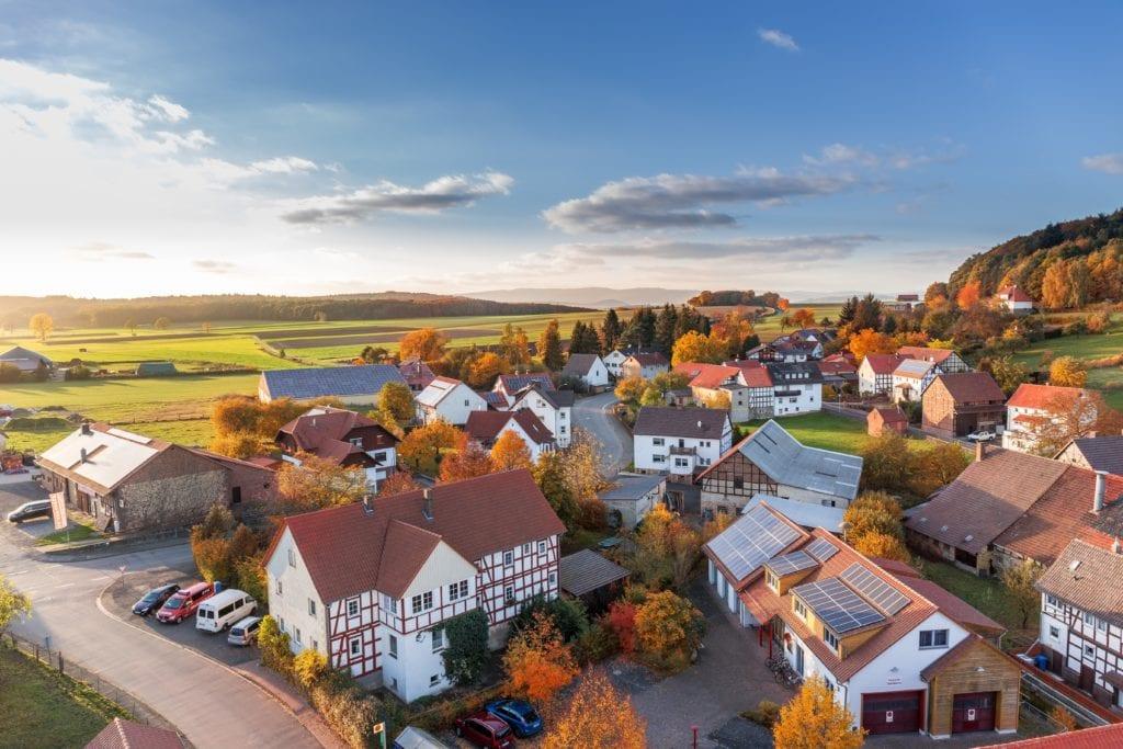 aerial-view-architecture-autumn-cars-280221