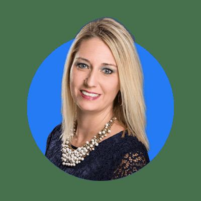 Lindsay-Smith Headshot